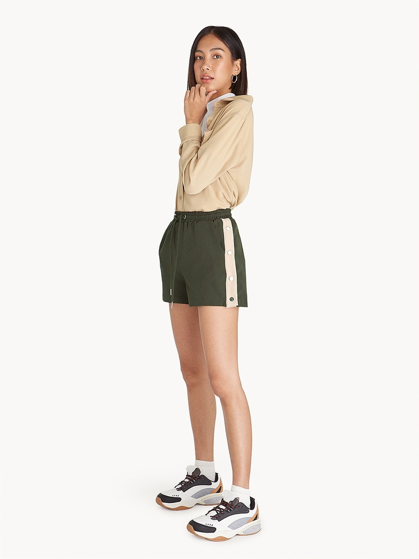 a96854bb21 Side Snap Buttoned Shorts - Olive - Pomelo Fashion