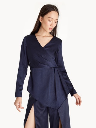 2d5c597f4c2 Long Sleeve Asymmetric Hem Top - Navy - Pomelo Fashion