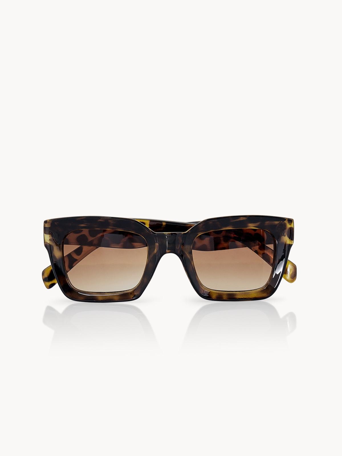 890483539f Sunglasses - Pomelo Fashion