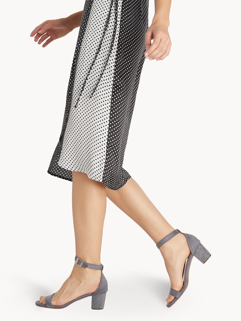 Tacha Amada Heels - Dark Grey - Pomelo Fashion