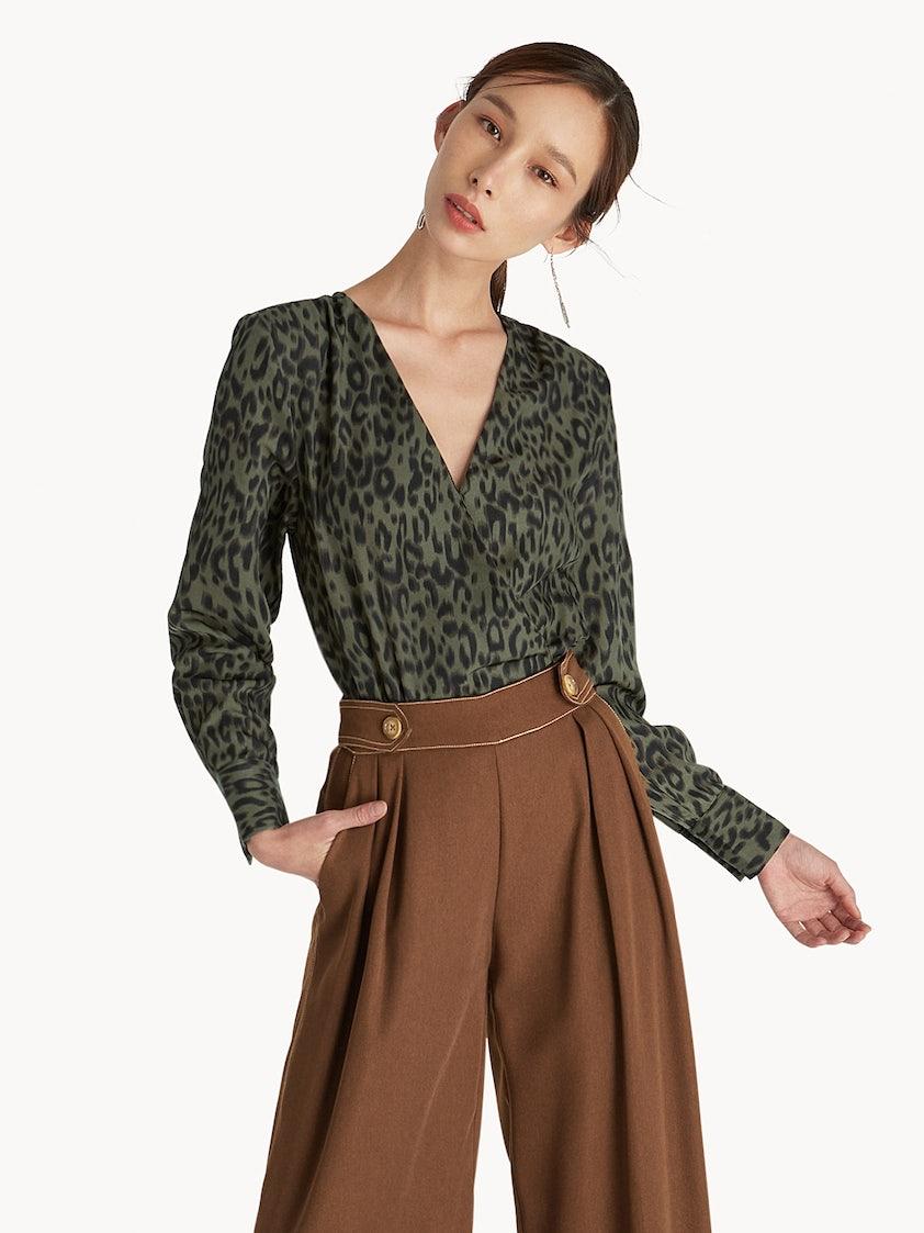 cb91a2d4d4 Leopard Print Surplice Bodysuit - Green - Pomelo Fashion