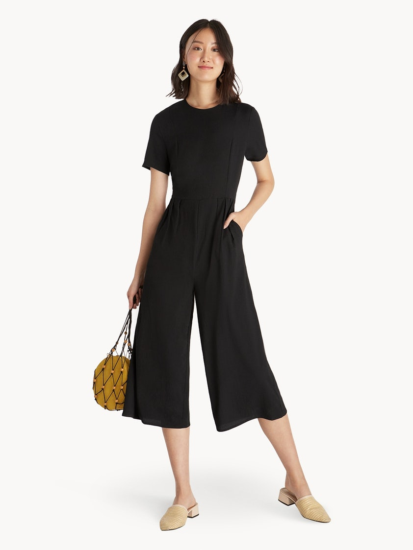 8382deacced4 Pleated Flare Out Crop Jumpsuit - Black - Pomelo Fashion