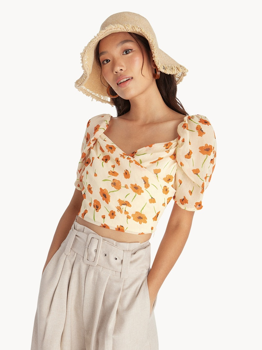 0a5f62a01a3b1 Floral Puffed Sleeve Crop Top - Cream - Pomelo Fashion