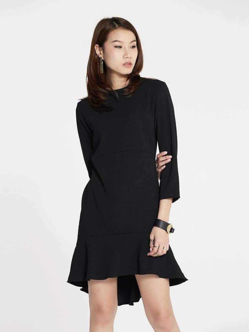 31e19fbb6740 Malvina Loose Drop Waist Dress - Black - Pomelo Fashion