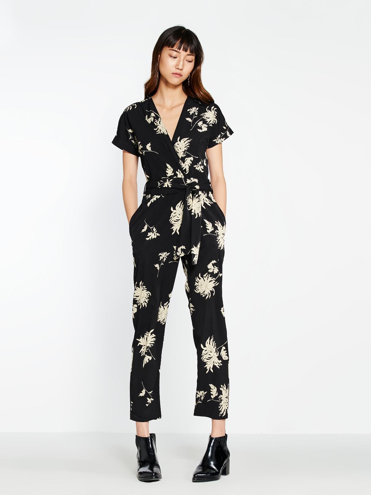 c522a2f46b7 Dora Floral Print Jumpsuit - Pomelo Fashion
