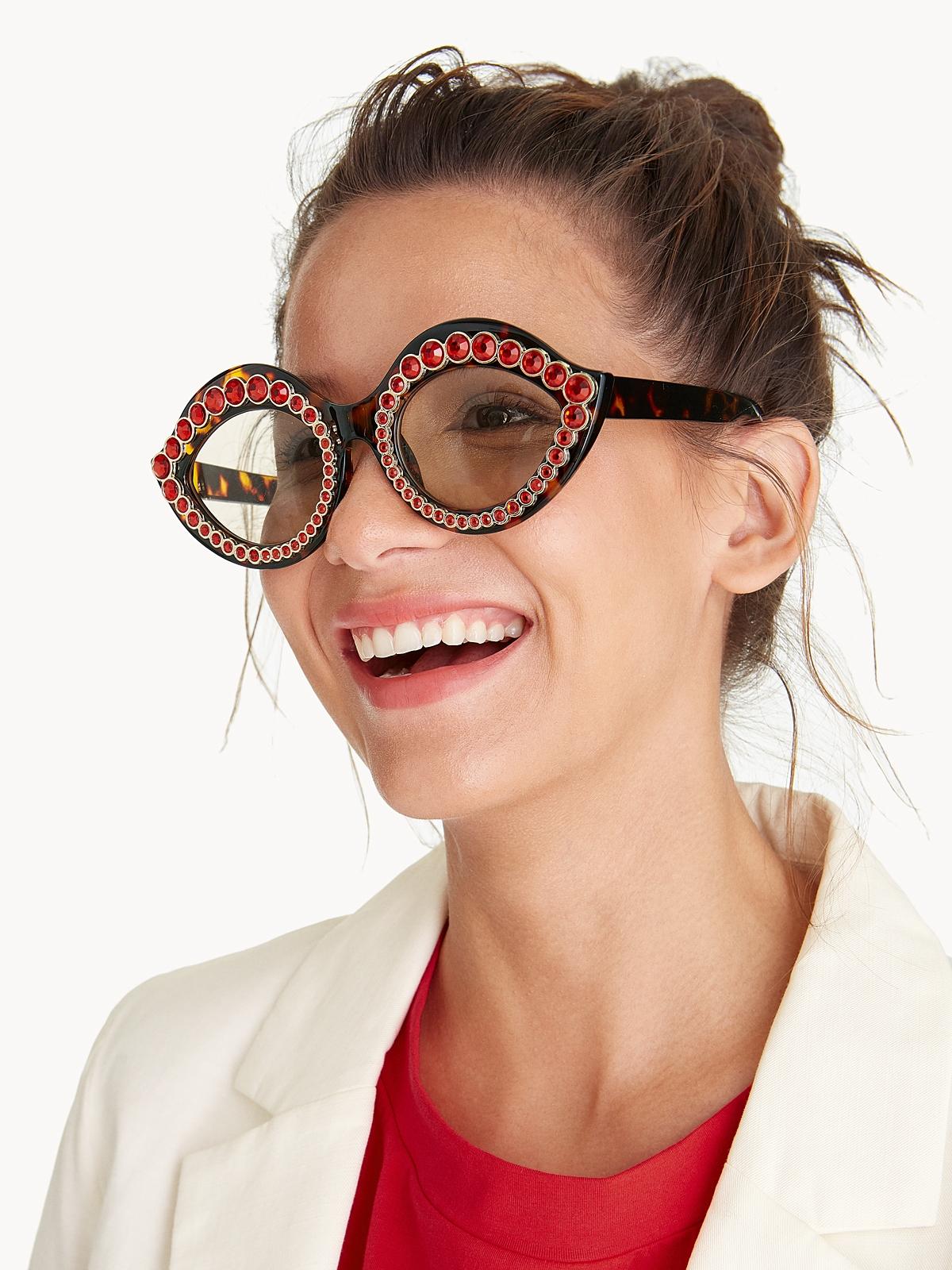 ee0d3f00f1b10 Cat Eye Embellished Sunglasses - Red - Pomelo Fashion